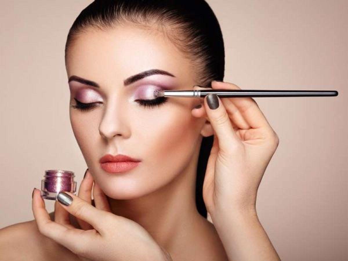 Maquillage soirée à Metz (57) Par Diana - Estheca