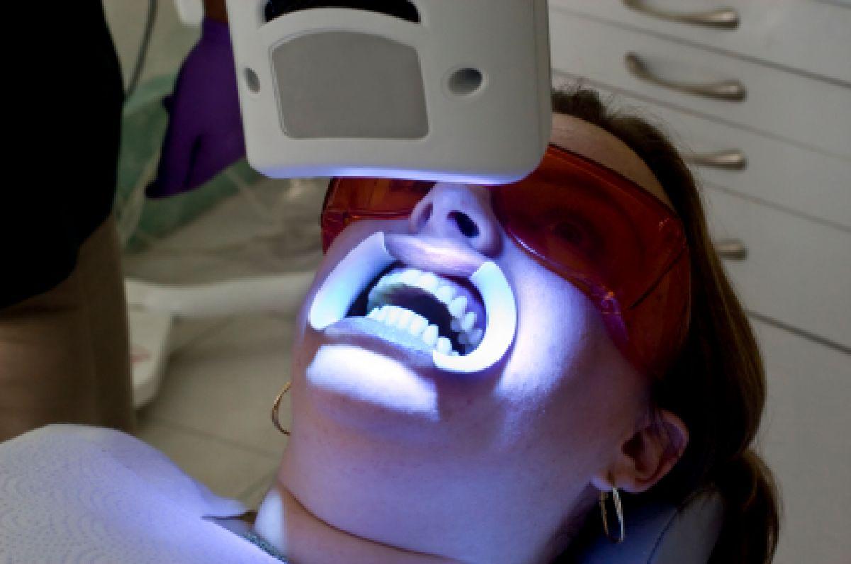 Blanchiment dentaire Pro à Bagnols-en-Forêt (83) Par Mélanie - Estheca