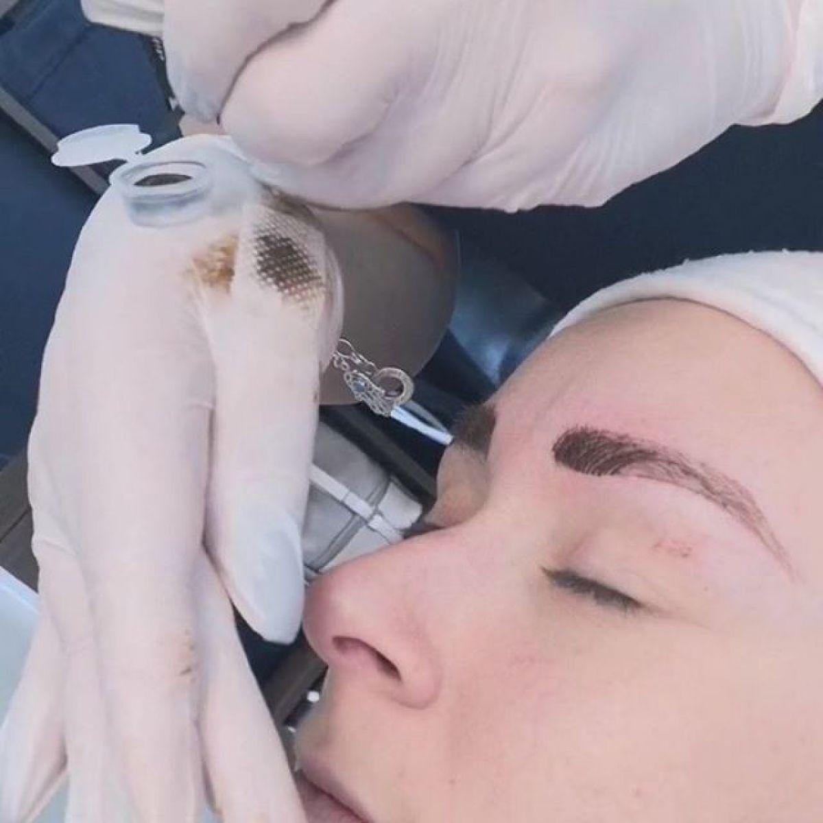 MicroBlading sourcils à Cognin (73) Par Estelle - Estheca