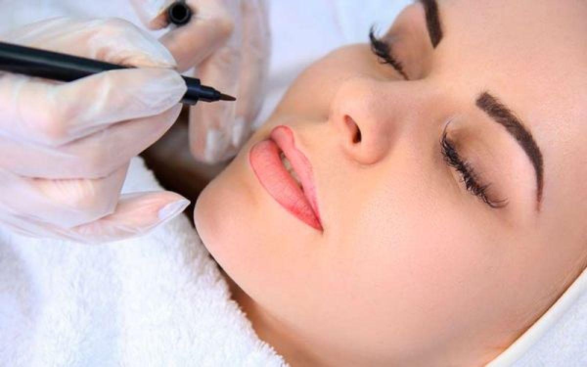 Maquillage permanent (lèvres, sourcils, eyeliner) à Alès (30) Par Sylvie - Estheca