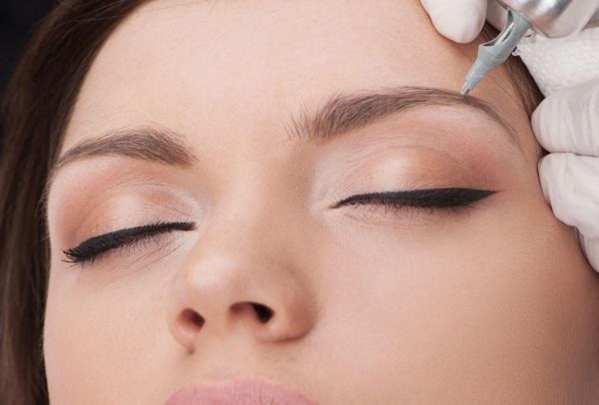 MicroBlading sourcils à Bellegarde (30) Par Margaux - Estheca